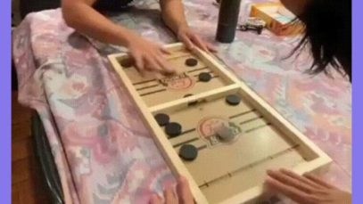 This pucket board game
